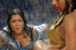 charmi-kaur-cleavage-hot-04